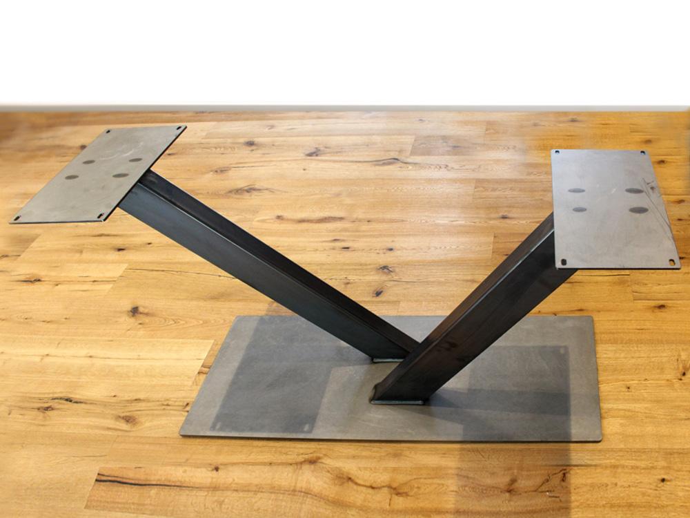 Untergestell-V-Rack-aus-Stahl