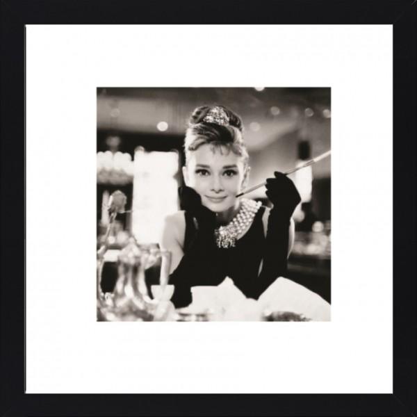 Fotodruck, AUDREY 1 im schwarzen Holzrahmen