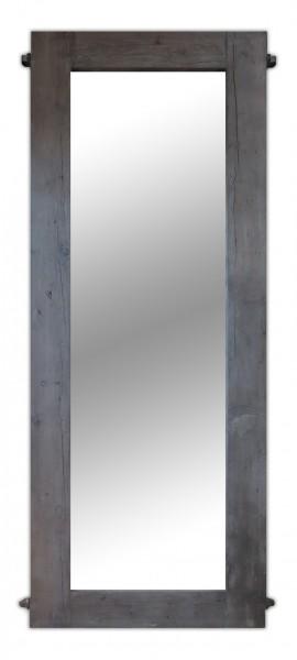 Wandspiegel mit Rahmen aus altem Bauholz