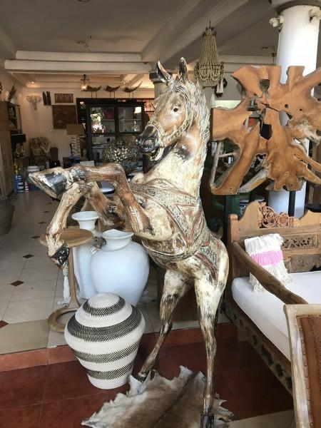 """Deko-Pferd """"wild"""" aus Alabasia-Holz, handmade"""