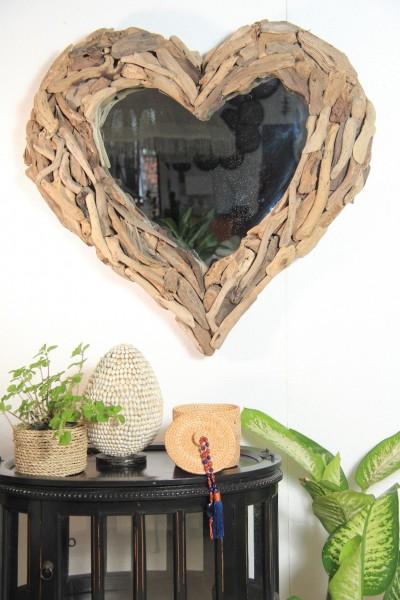Spiegel in Herzform mit Recyclingholz, 2 Größen