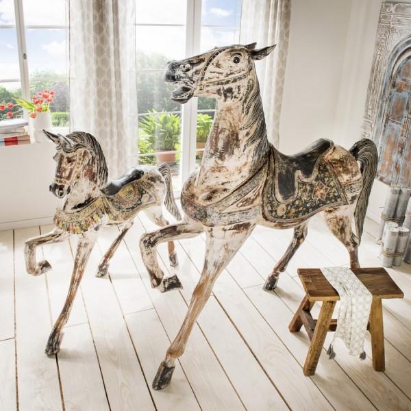 Deko-Pferd aus Alabasia-Holz, handmade